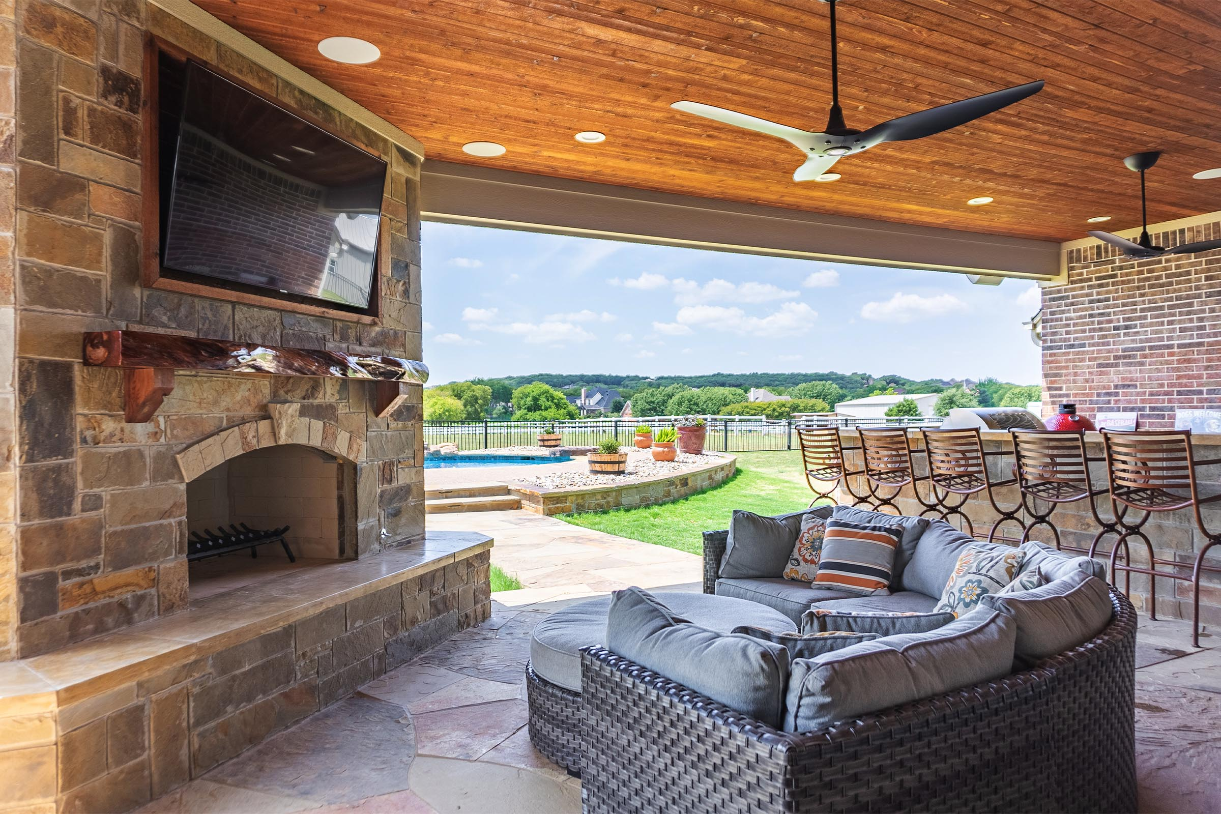 Outdoor Kitchens, Patio Covers | Fort Worth, Burleson TX ... on Dfw Complete Outdoor Living id=56615