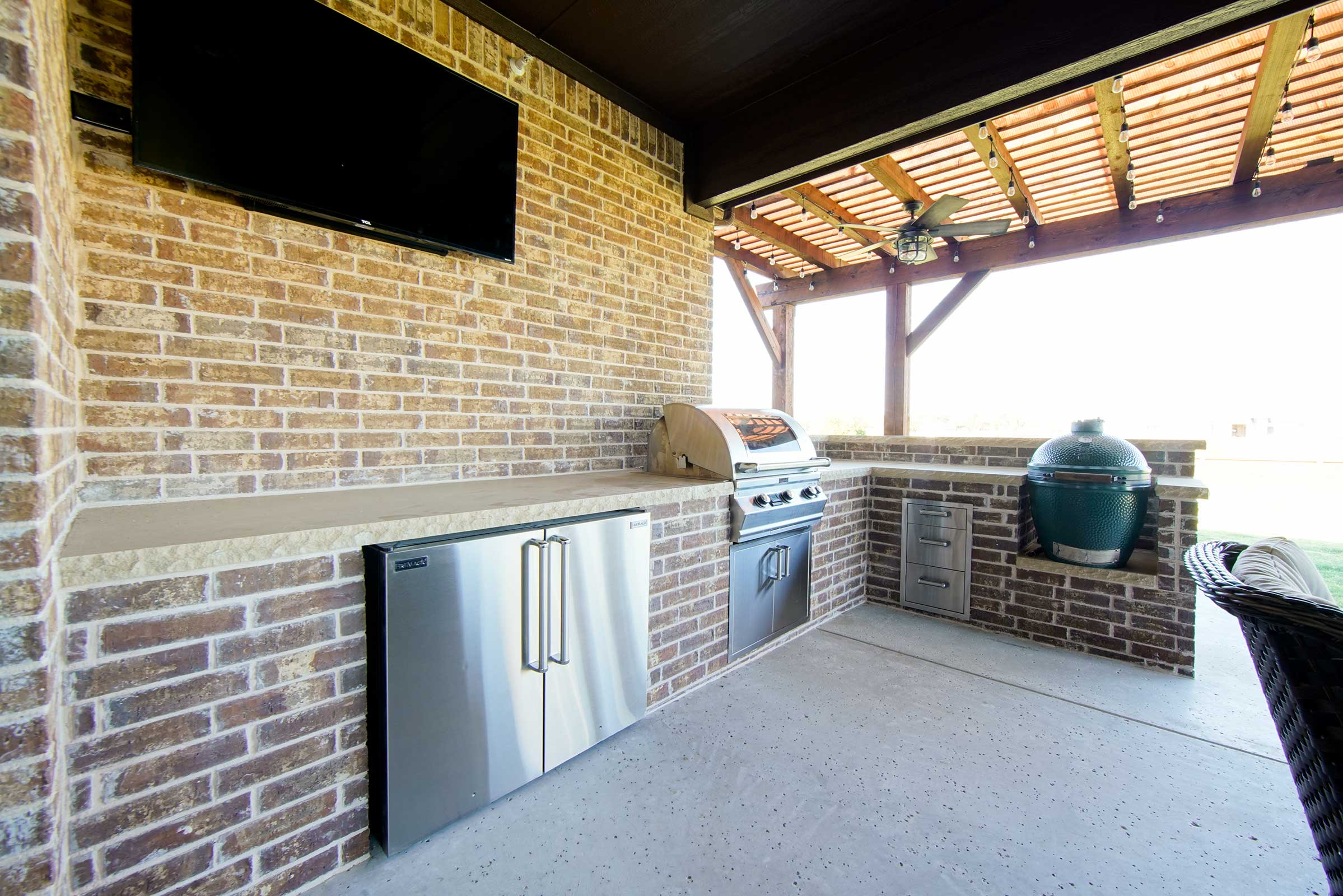 fabulous brick outdoor kitchen   Outdoor Kitchens, Patio Covers   Fort Worth, Burleson TX ...