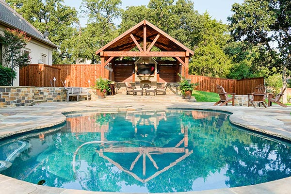 Outdoor Structure & Pool Setting