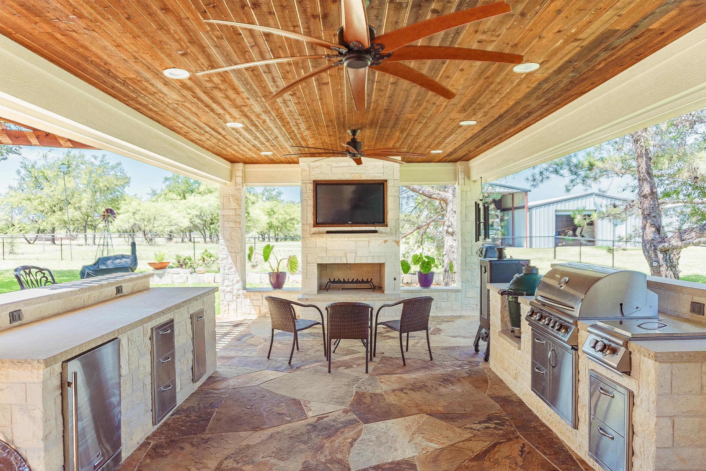 Outdoor Kitchens, Patio Covers | Fort Worth, Burleson TX ... on Dfw Complete Outdoor Living id=79033