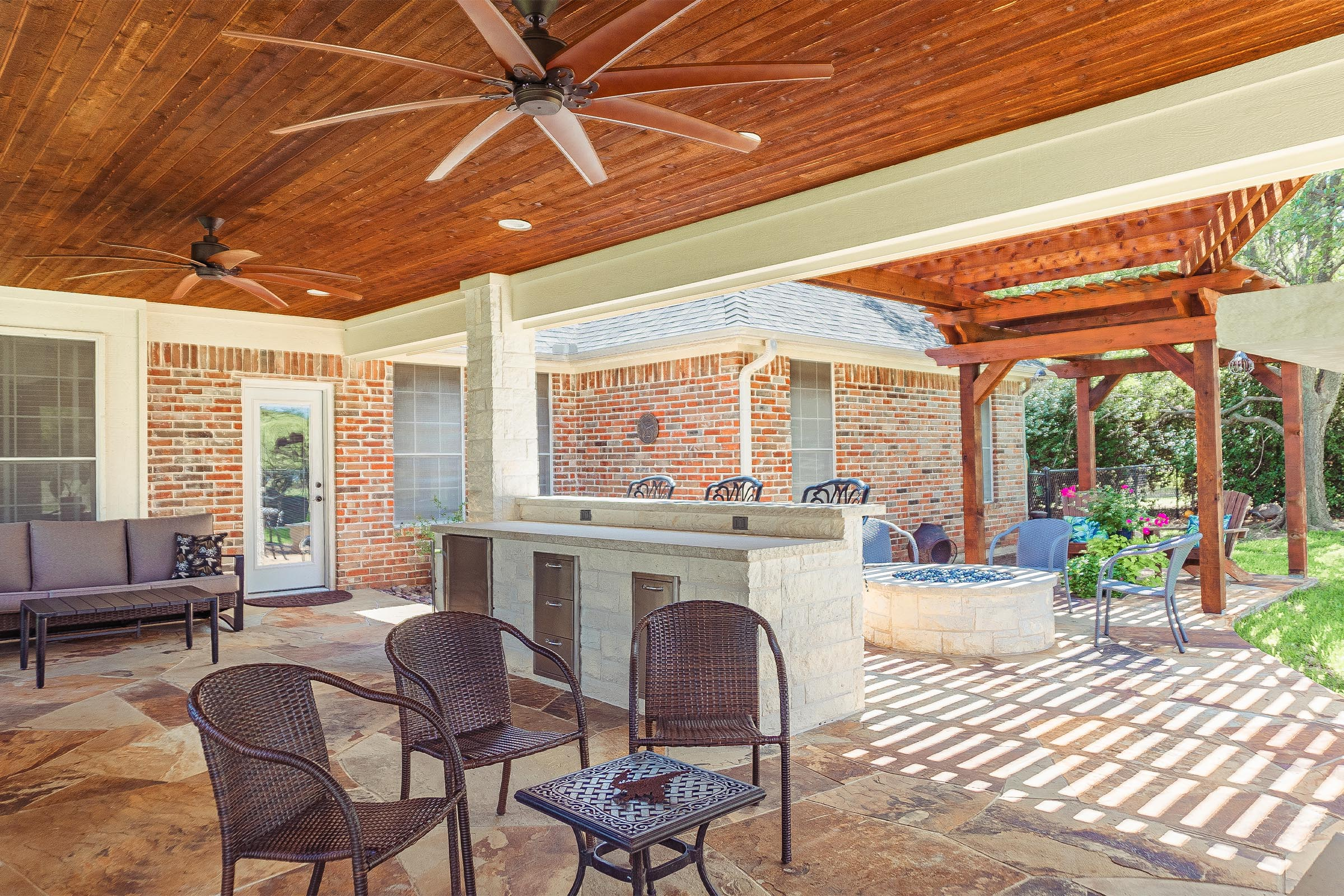 Outdoor Kitchens, Patio Covers | Fort Worth, Burleson TX ... on Dfw Complete Outdoor Living id=58479