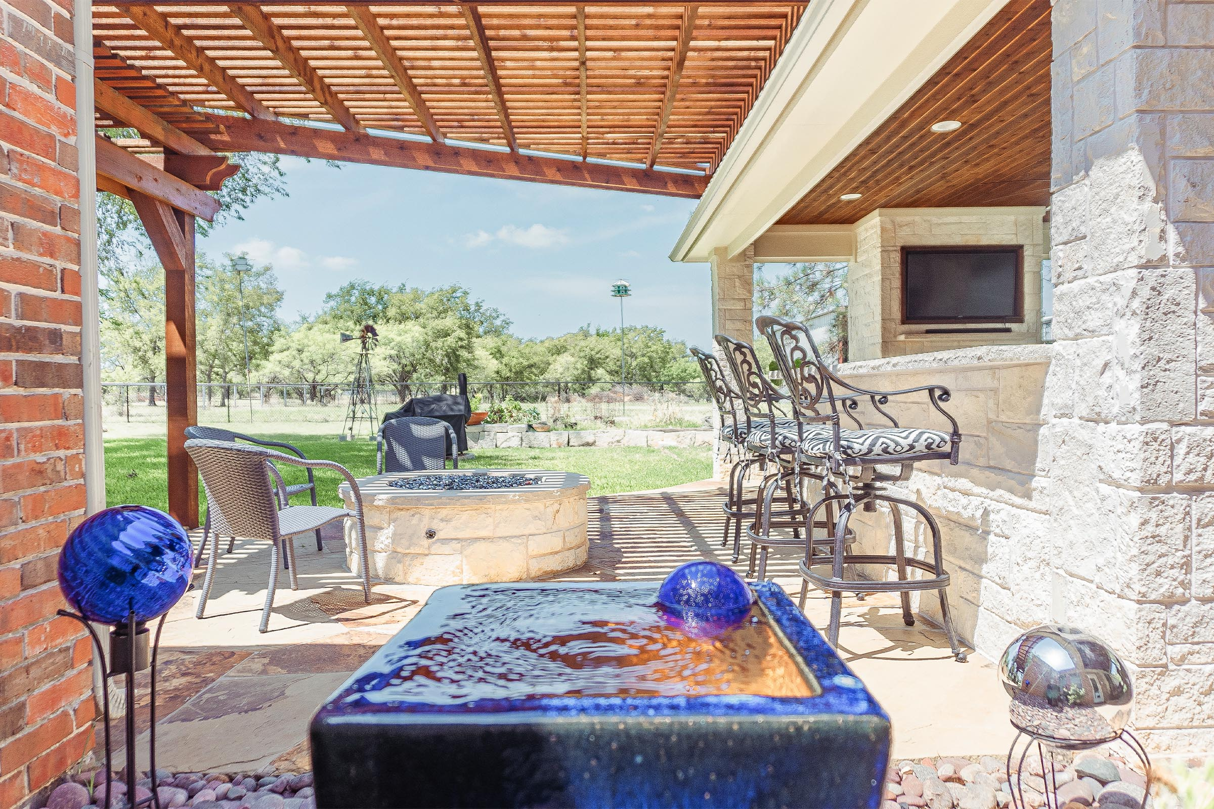 Outdoor Kitchens, Patio Covers | Fort Worth, Burleson TX ... on Dfw Complete Outdoor Living id=86726