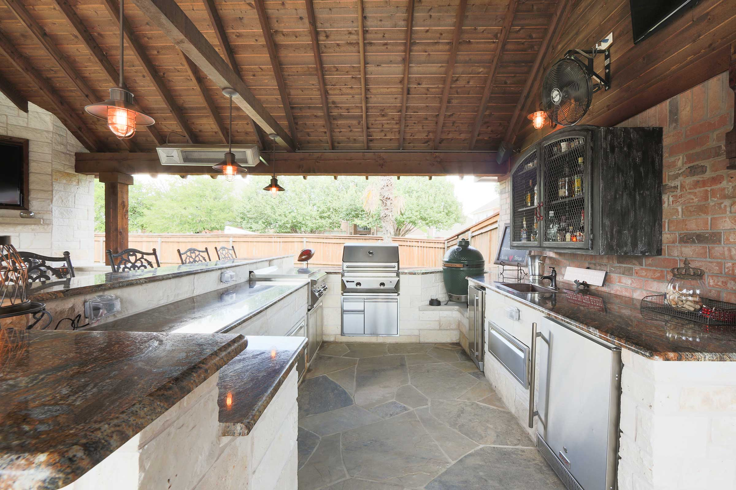 patio covers rustic outdoor kitchen designs | Outdoor Kitchens, Patio Covers | Fort Worth, Burleson TX ...