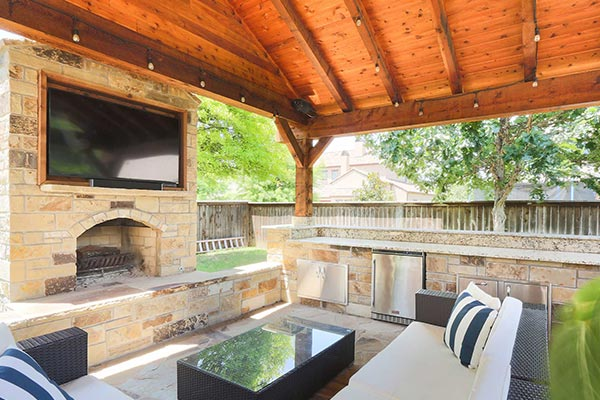 Cedar and Stone Outdoor Living