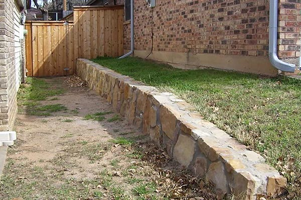 Builders Retaining Wall